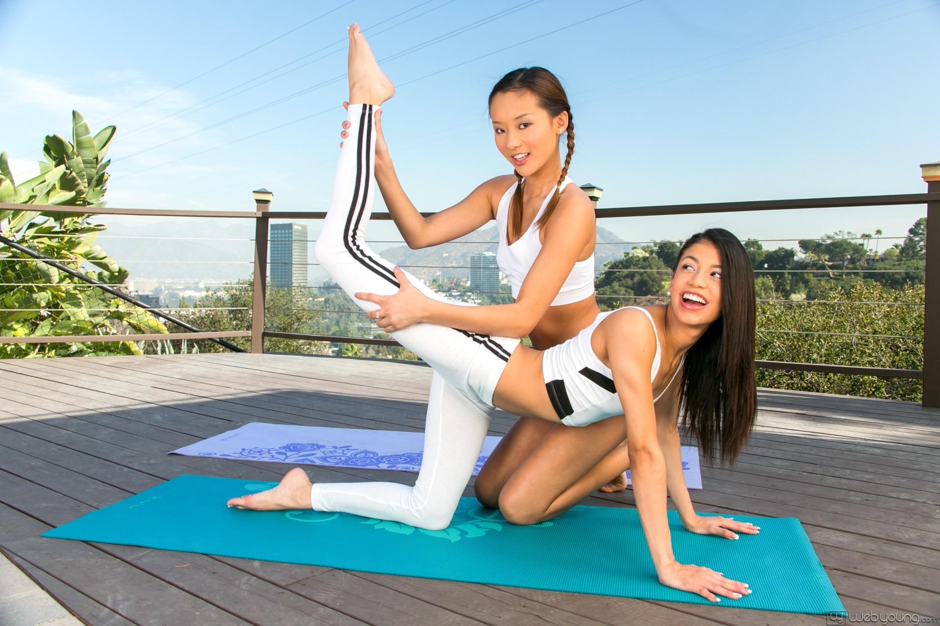 Naked Yoga Lesbian - Lesbian yoga porn - Pichunter