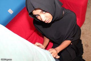 Shy and sultry Muslim girl Sadie Santana give a ki