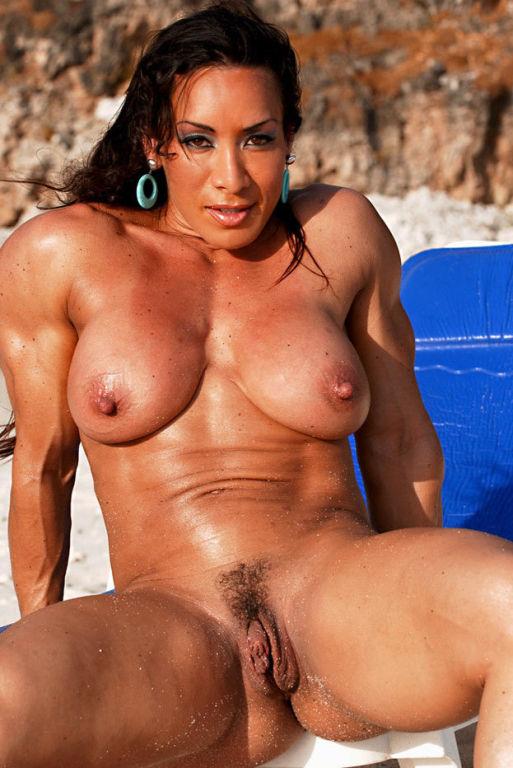 Naked women with xxxl tits