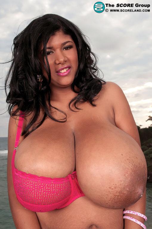 Kristina Milan big tits photos