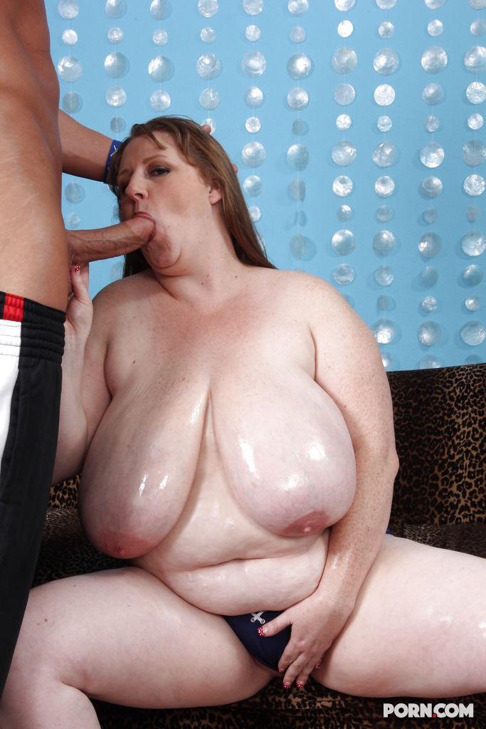 Huge tits flash spring break