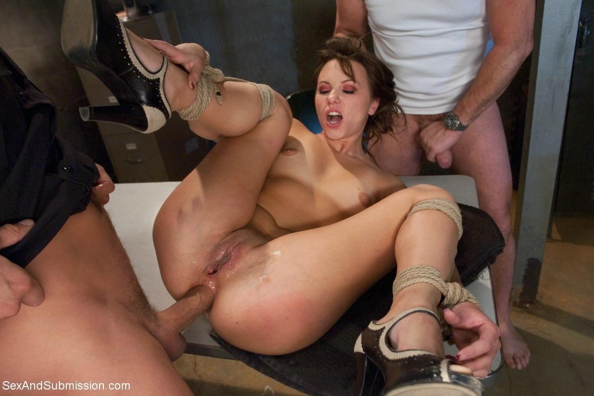 жесткое порно по принуждению смотреть бесплатно