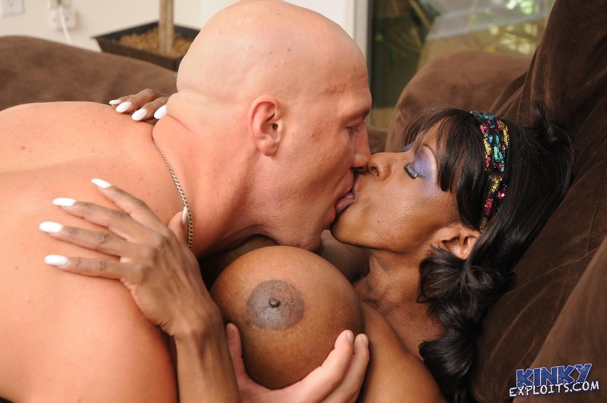 Black Lesbian Porn Cum