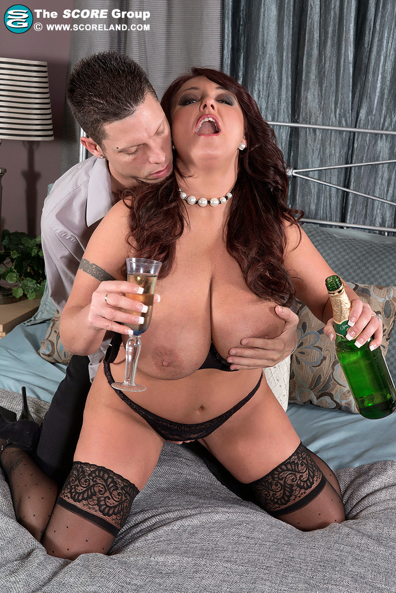 Hardy boys wife nude