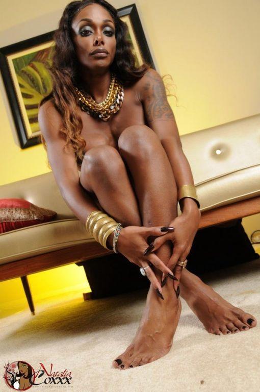 Sexy ebony tgirl Natalia Coxxx posing