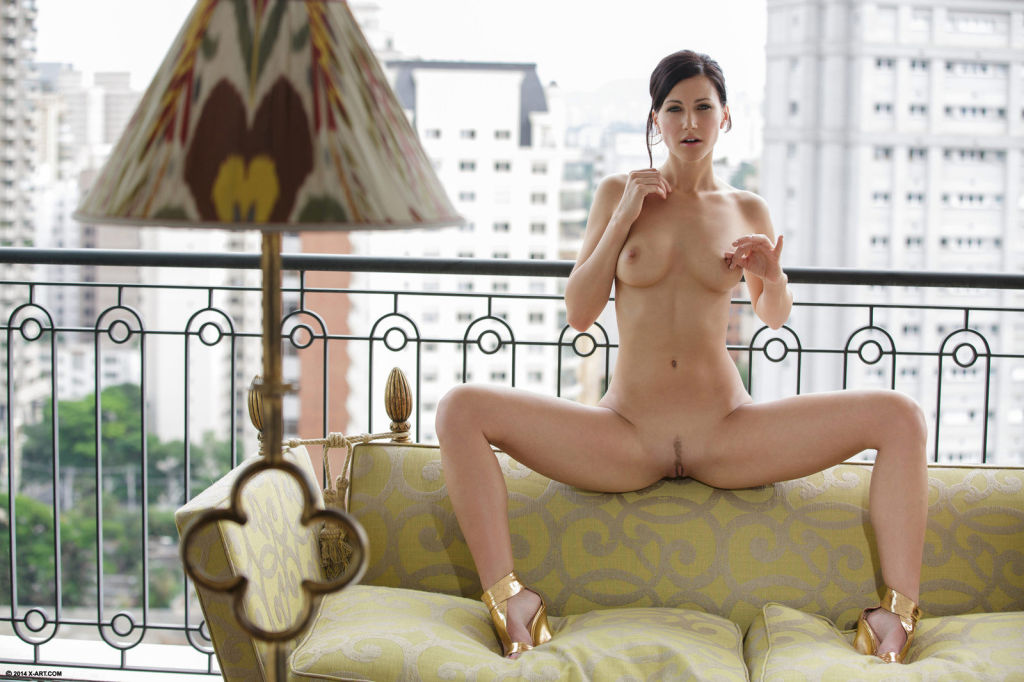 Beautiful czech babe Lisa posing in sexy nude erot