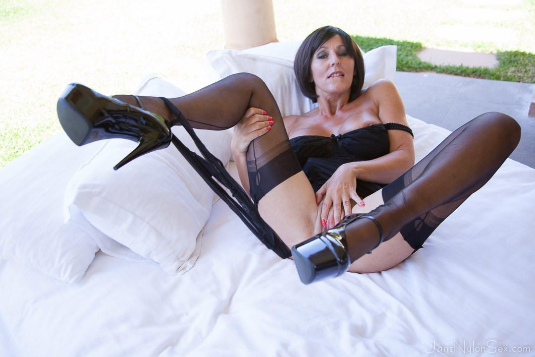 Jan burton horny milf heels stockings jan chocolate suspenders masturbates nylon burton