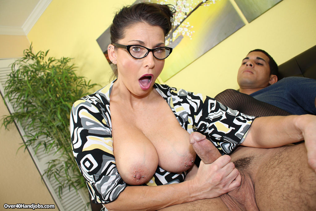 Busty Dr Starr demonstrate good handjob