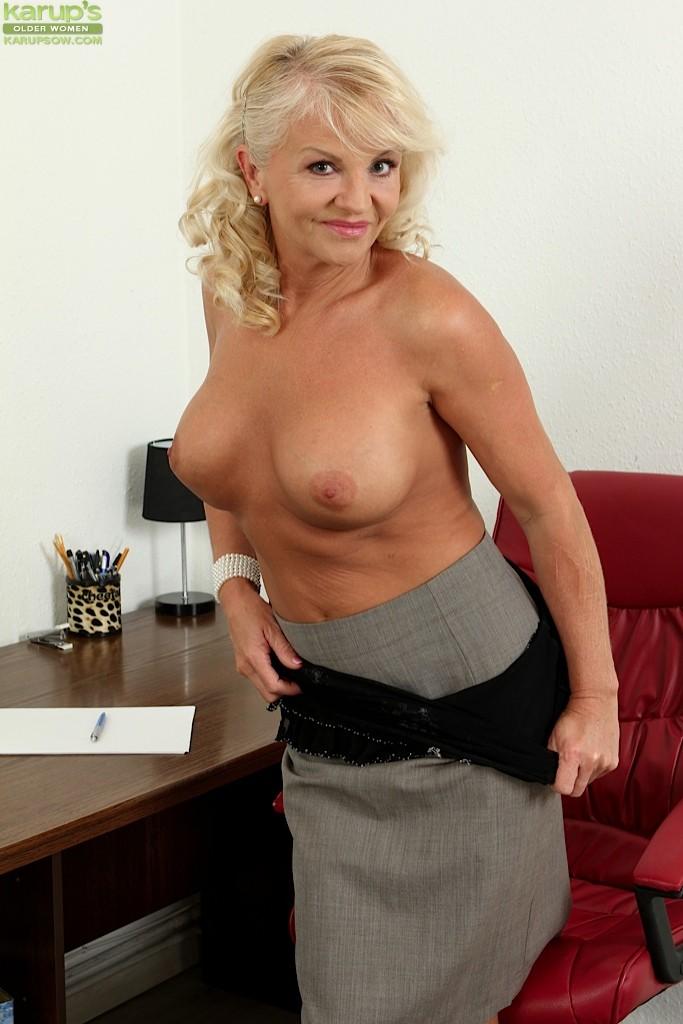 Lady lauren nude pics