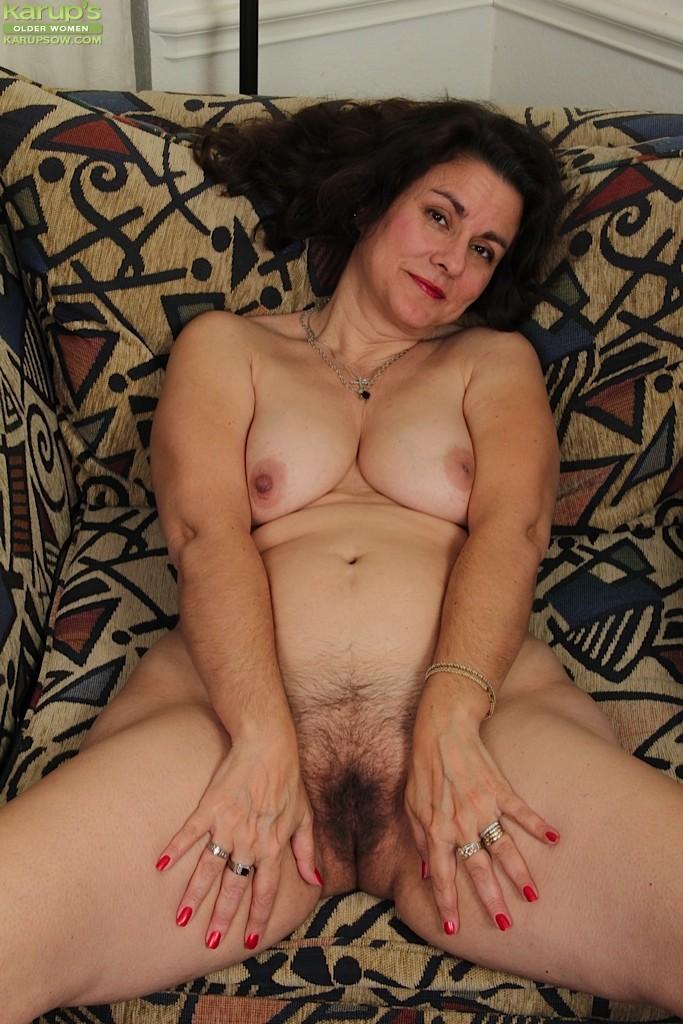 Hairy Mature Latina Pussy