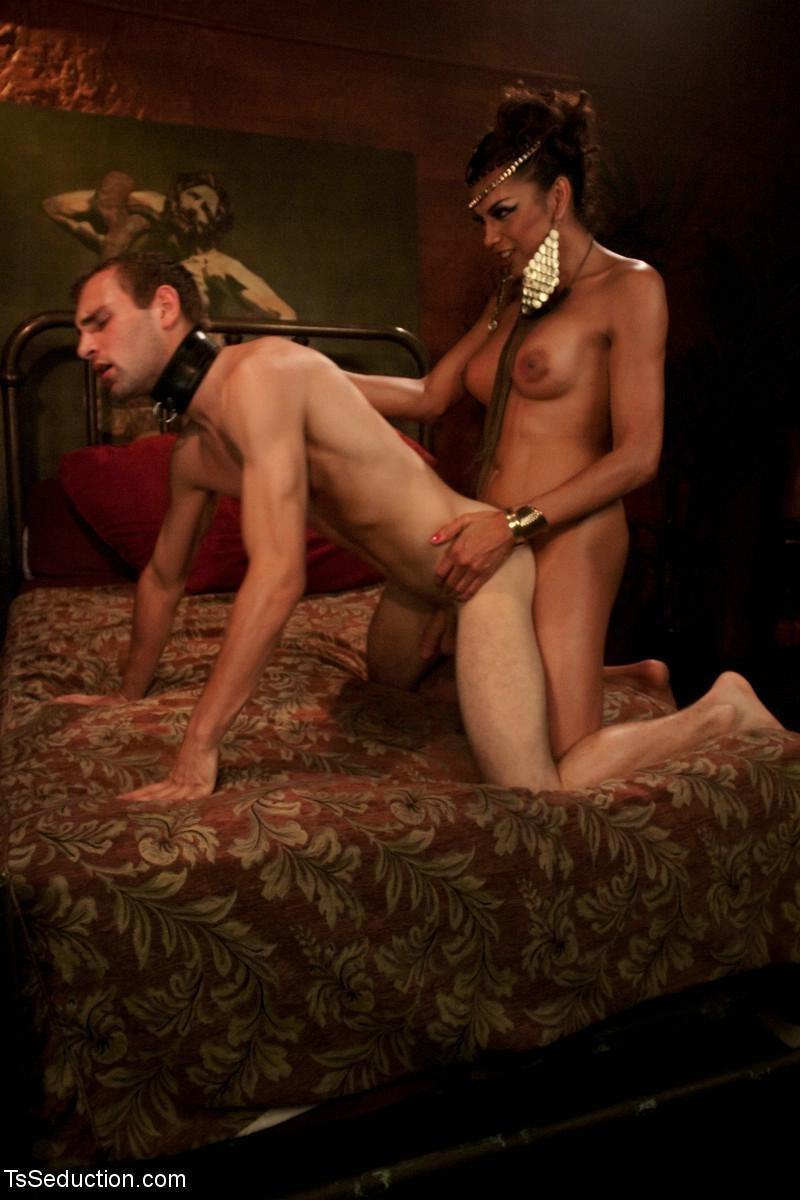 во-вторых, жена в рабстве порно фильм с русским переводом проститутка