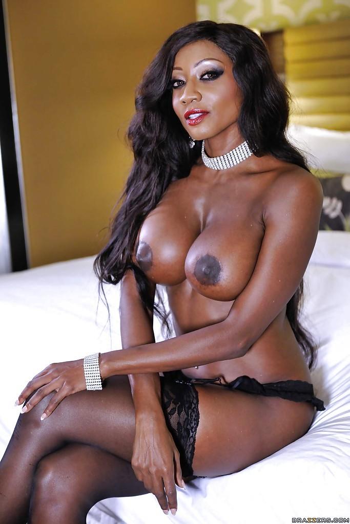 natasha yi nude video