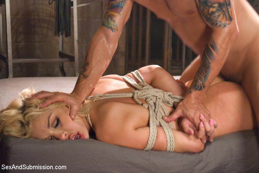 Hot sex slut tit