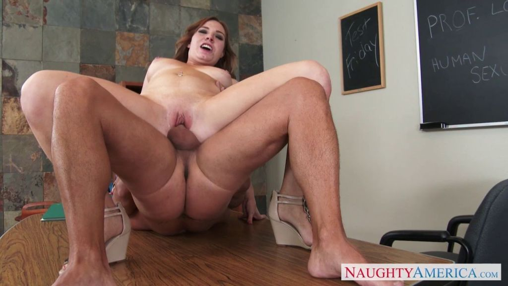 Tiff Bannister seducing her teacher in class