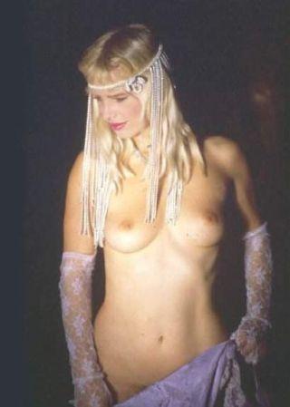 Vintage pornstar blonde Cicciolina fucked by all c