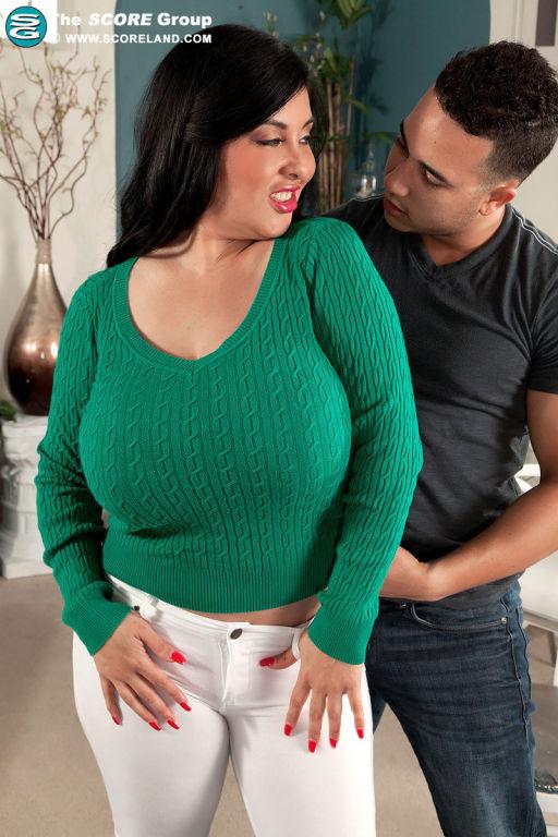 Mature latina Jaylene Rio with big tits fucked har