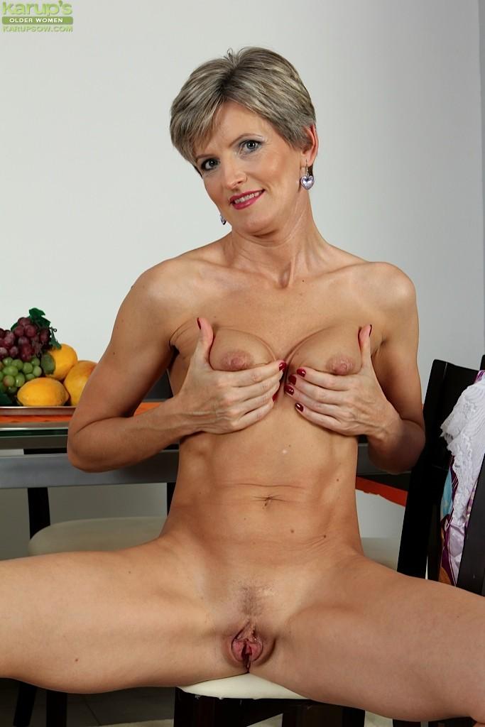 Older petite sexy women xxx commit error