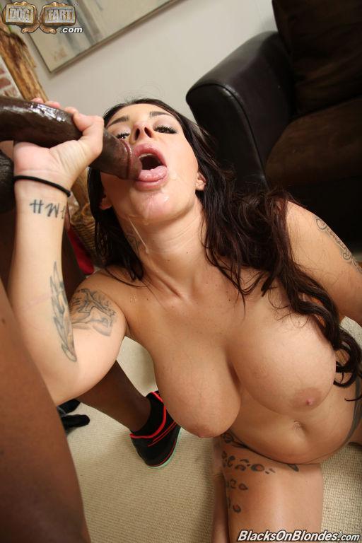 Порно фото Brook Ultra
