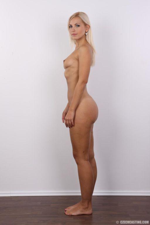 Gorgeous amateur blonde posing