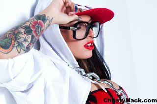 Top pornstar Christy Mack masturbating