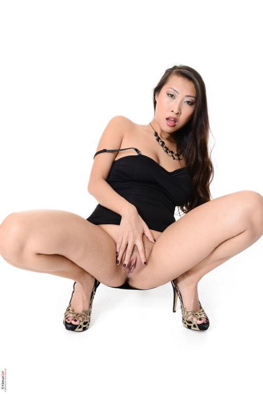 Sharon Lee Shadow Dance