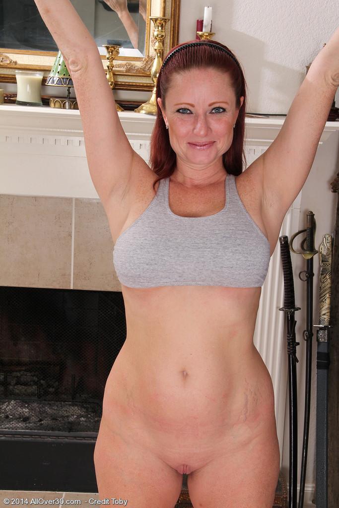 LYNN: Wife doing yoga nude