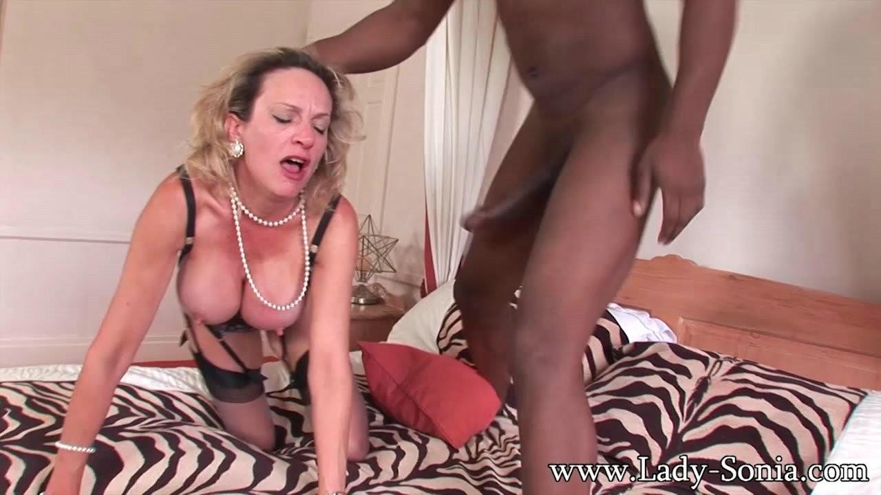 Allison brie nude tits