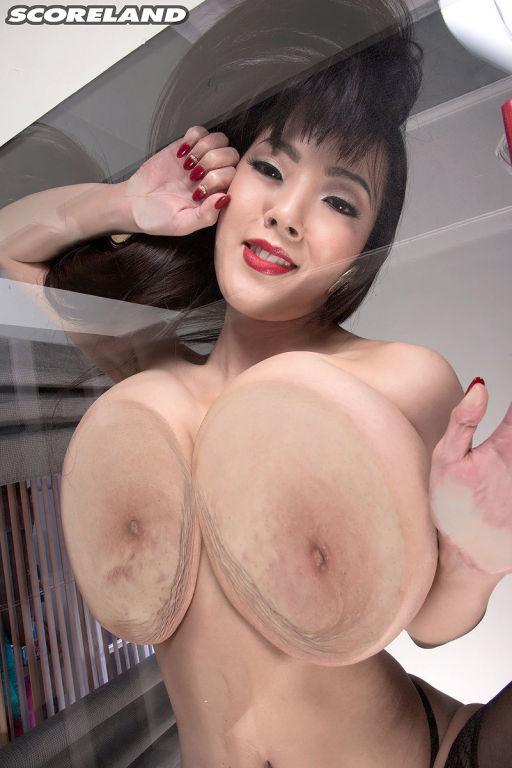 Top japanese pornstar Hitomi Tanaka in stocking