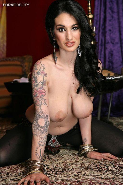 Arabelle Raphael at PornFidelity