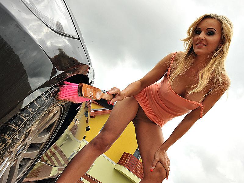 Sexy Car posing