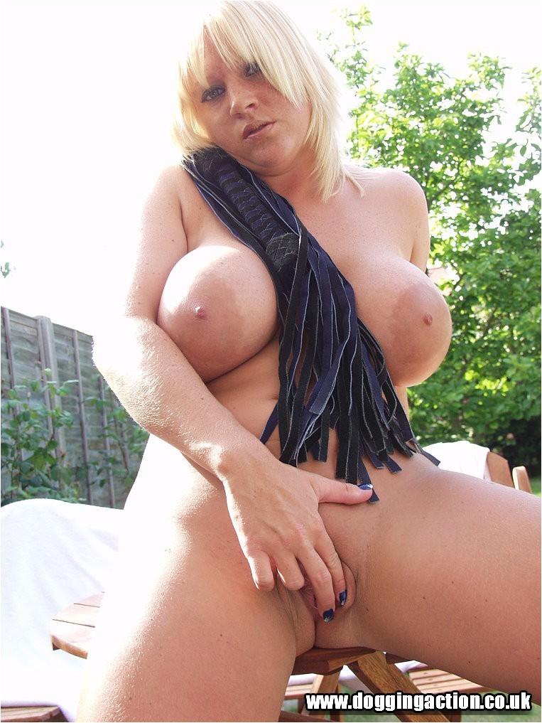 Large tits gardening