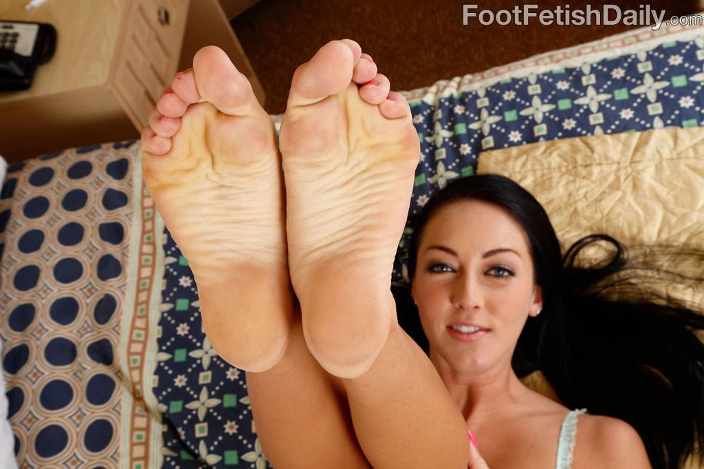 Briana baks foot fetish