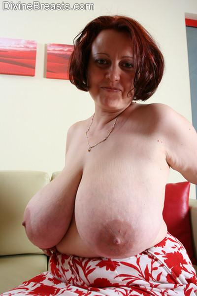 Big Breasted Hard Nipples - Pam Hard Nipples Big Boobs - Pichunter
