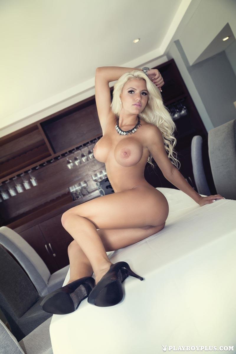 Priyamani new nude hd image