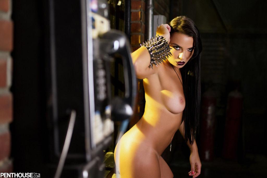 Victoria stilwell nude