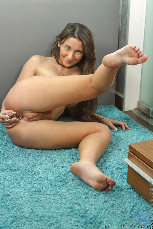 julie skyhigh porn