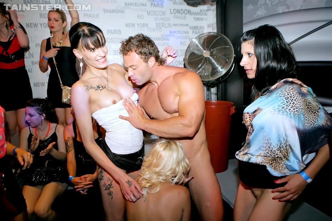 Sexy latina tits
