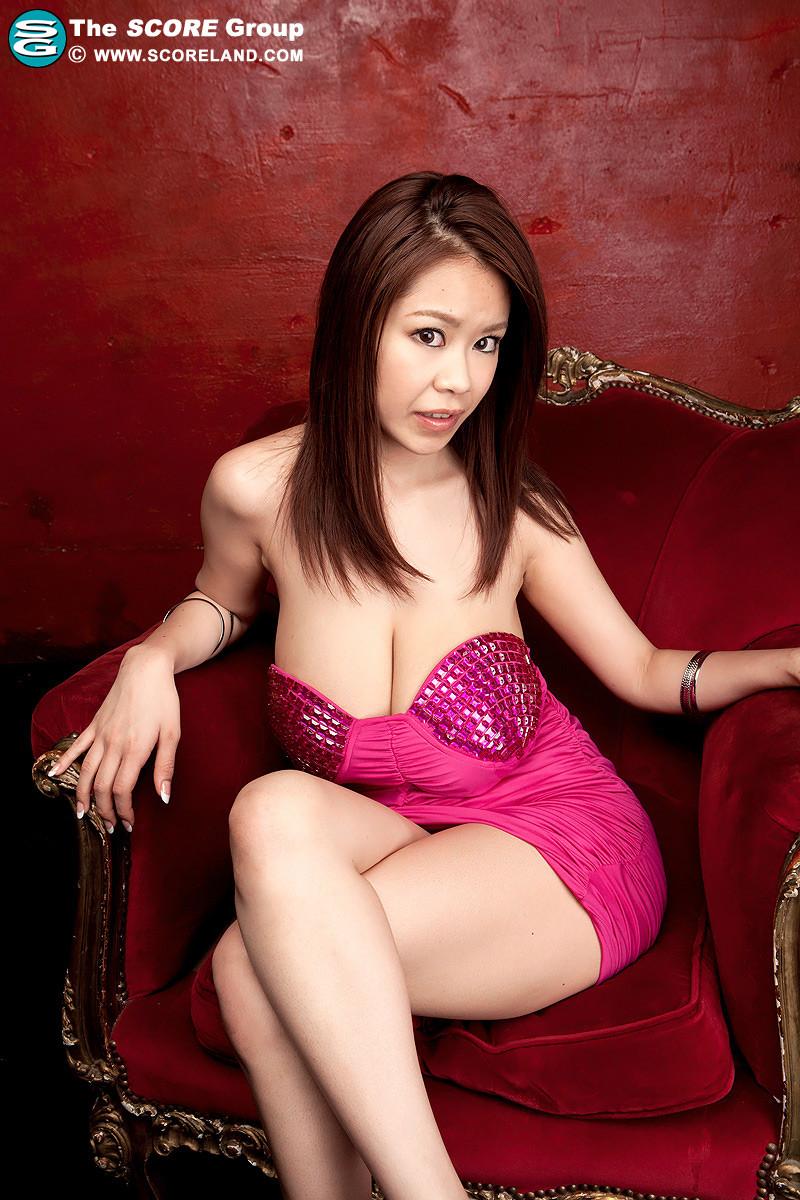 Rin Kajika порно модель