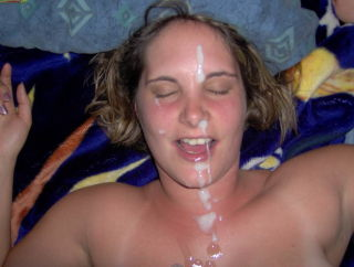 Amateur wife blowjob and mouthful of jizz from Cum