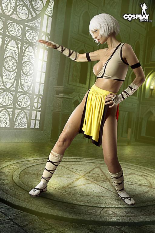 Diablo girl cosplay