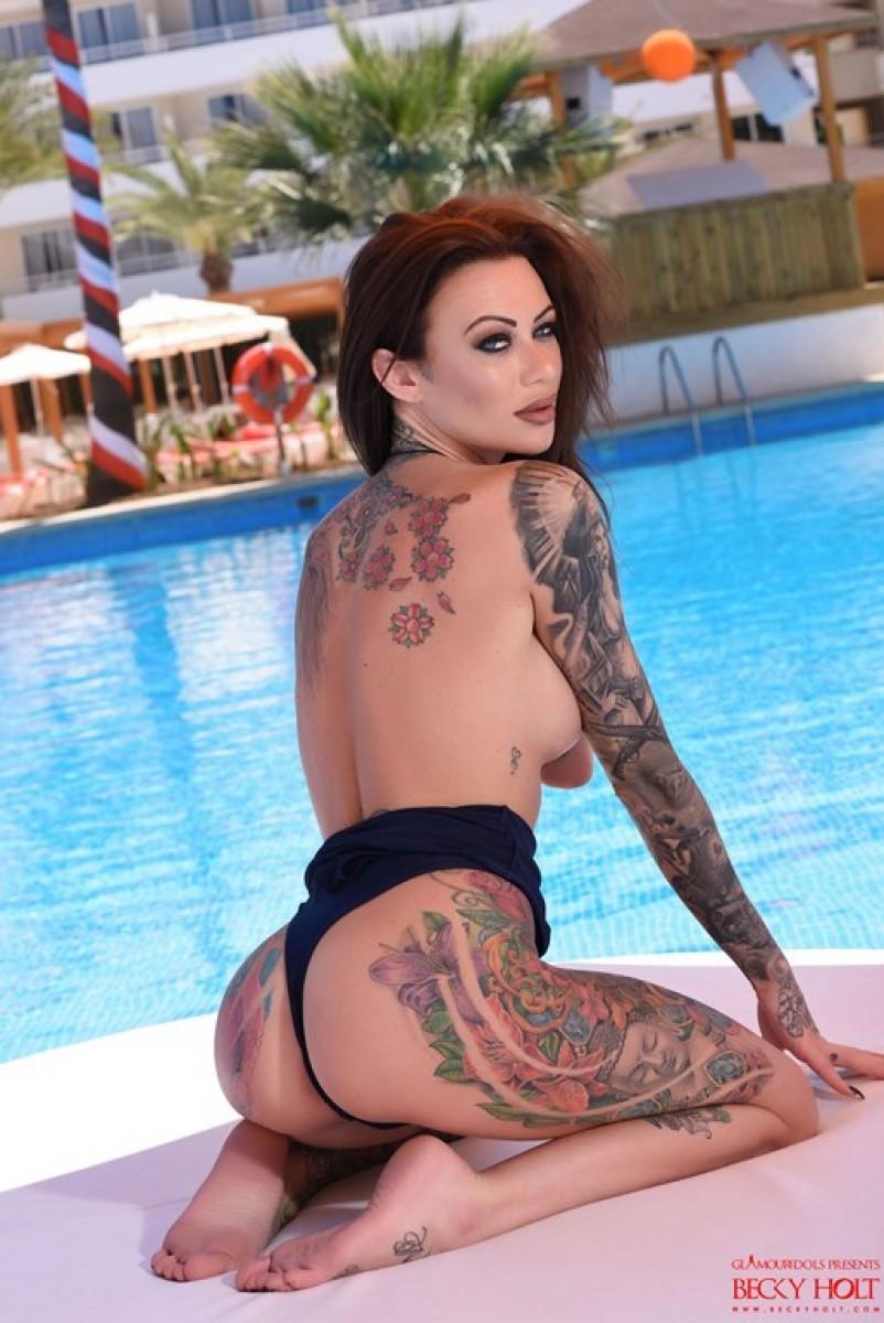Becky Holt порно модель
