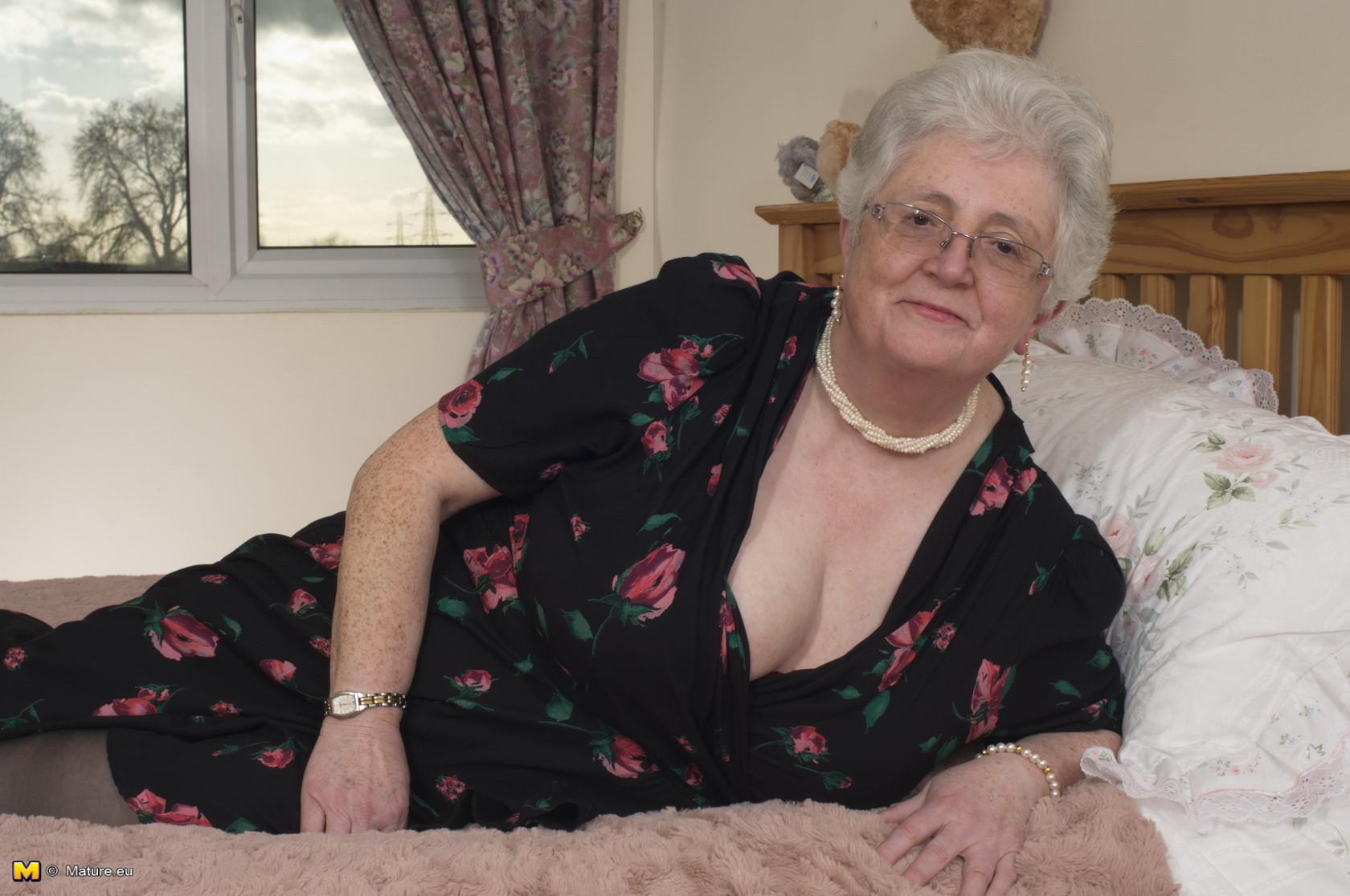 Emmerdale milf huge tits