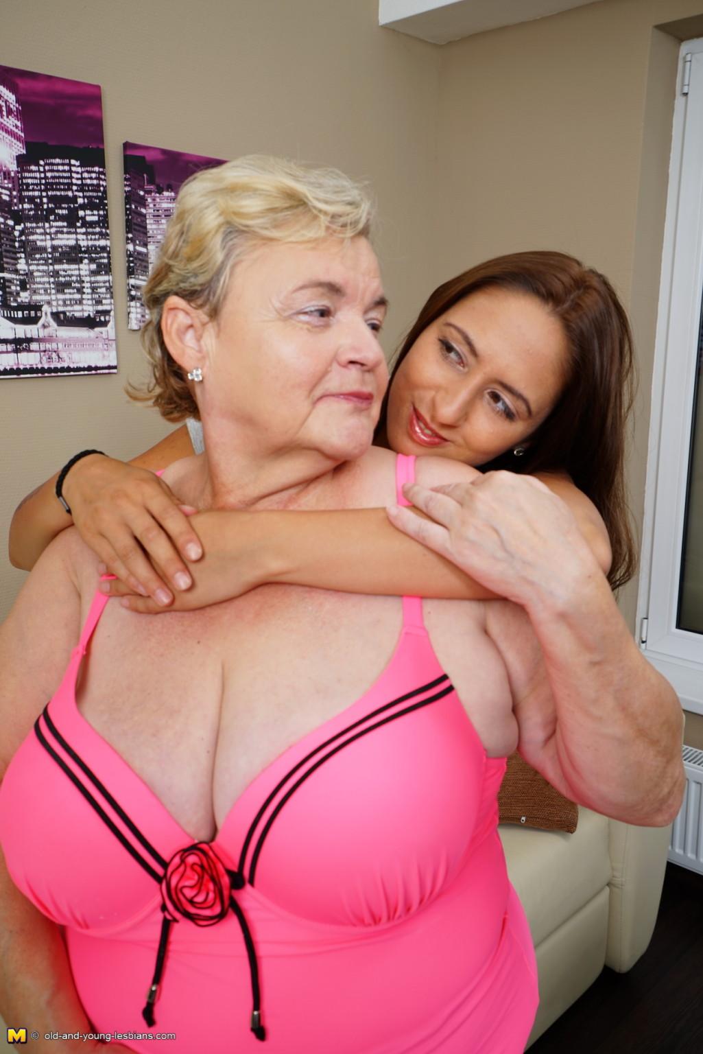 Girls busty hug tits nuas