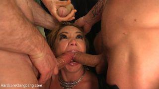 Kiki Daire secret sex agent trades her holes for i