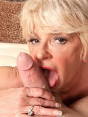 Hot Blond Cock Hungry Granny DeAnna Bentley Fuckin