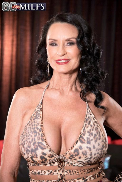A DP for mature Rita Daniels in hardcore threesome