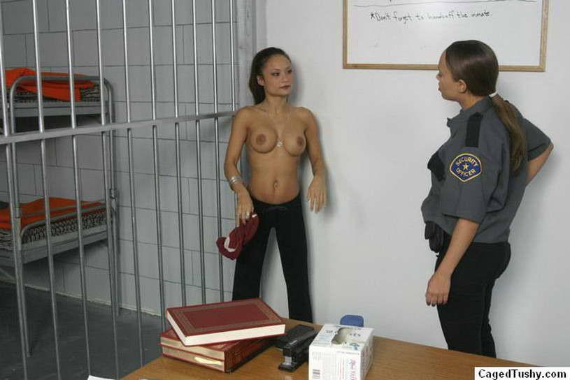 Фото Ареста Допроса Тюрьмы Обнаженных Девушек