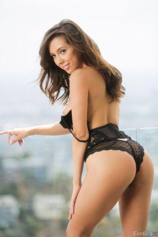 porn Riley Reid lingerie real tits