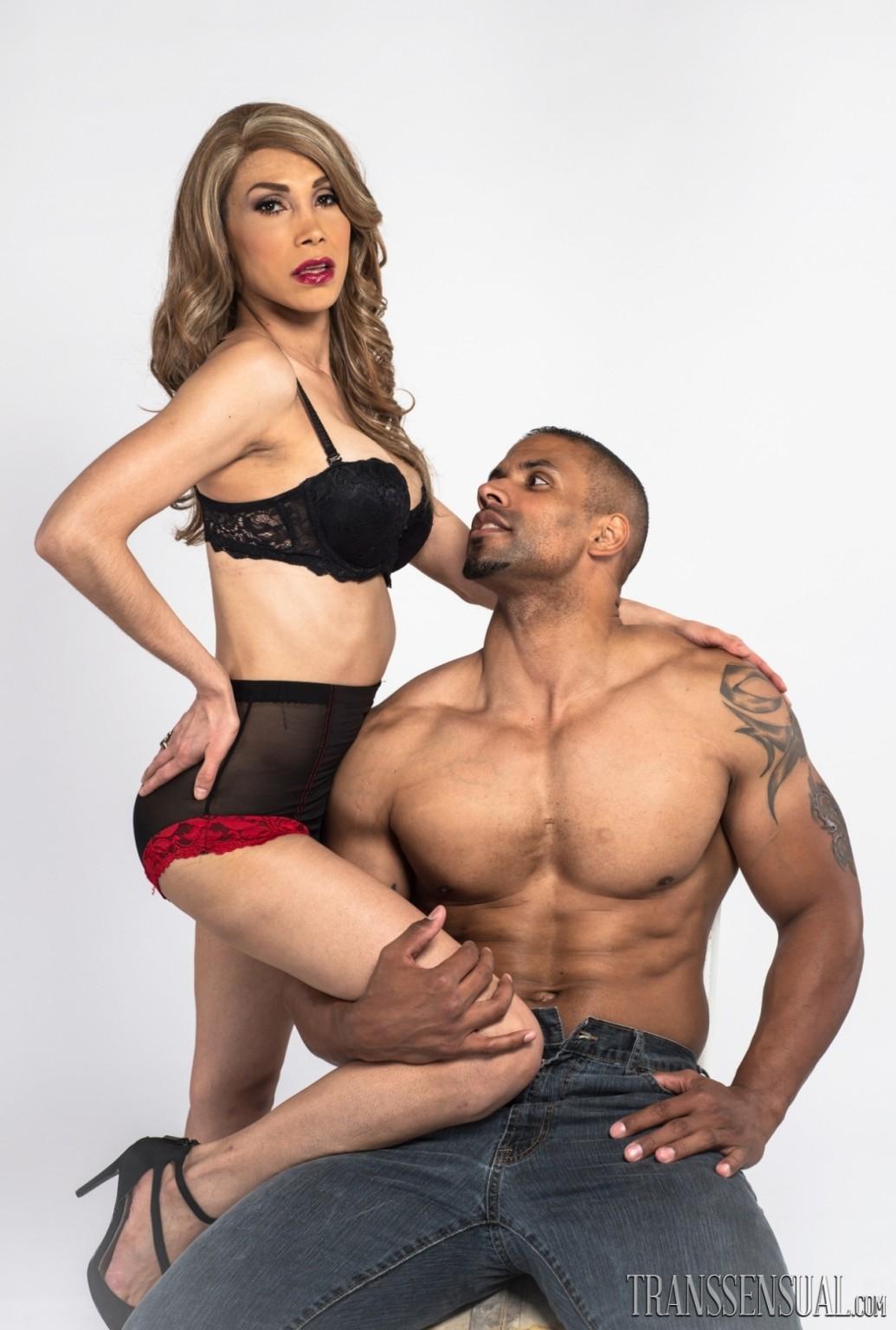Xxx Big booty asian girls porn