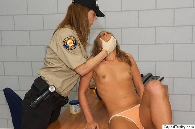 Смотреть порно ласкает груди вижу